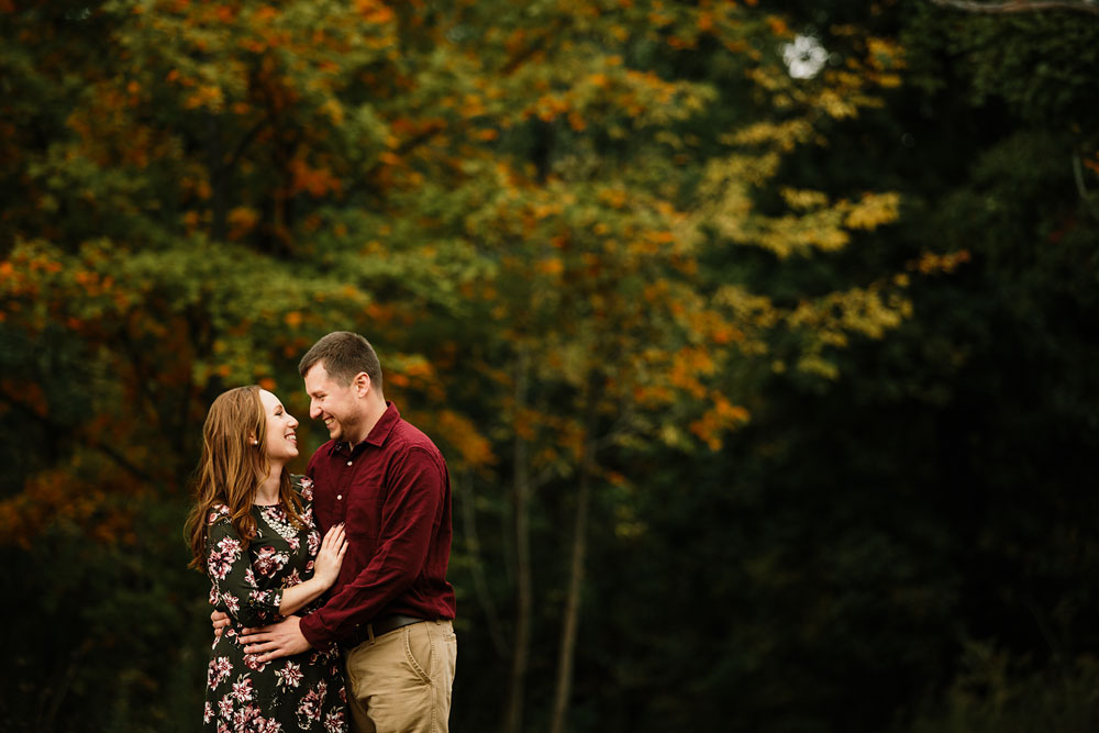 cleveland-wedding-photographers-engagement-at-pattersons-fruit-farm-chesterland-ohio-orchard-12.jpg
