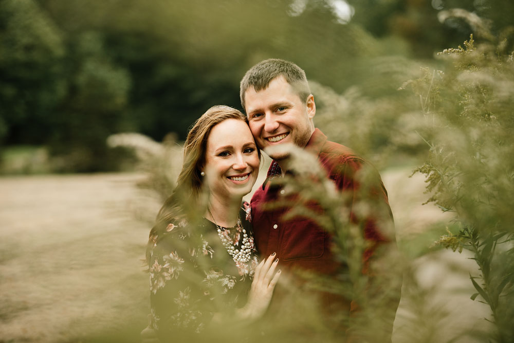cleveland-wedding-photographers-engagement-at-pattersons-fruit-farm-chesterland-ohio-orchard-16.jpg