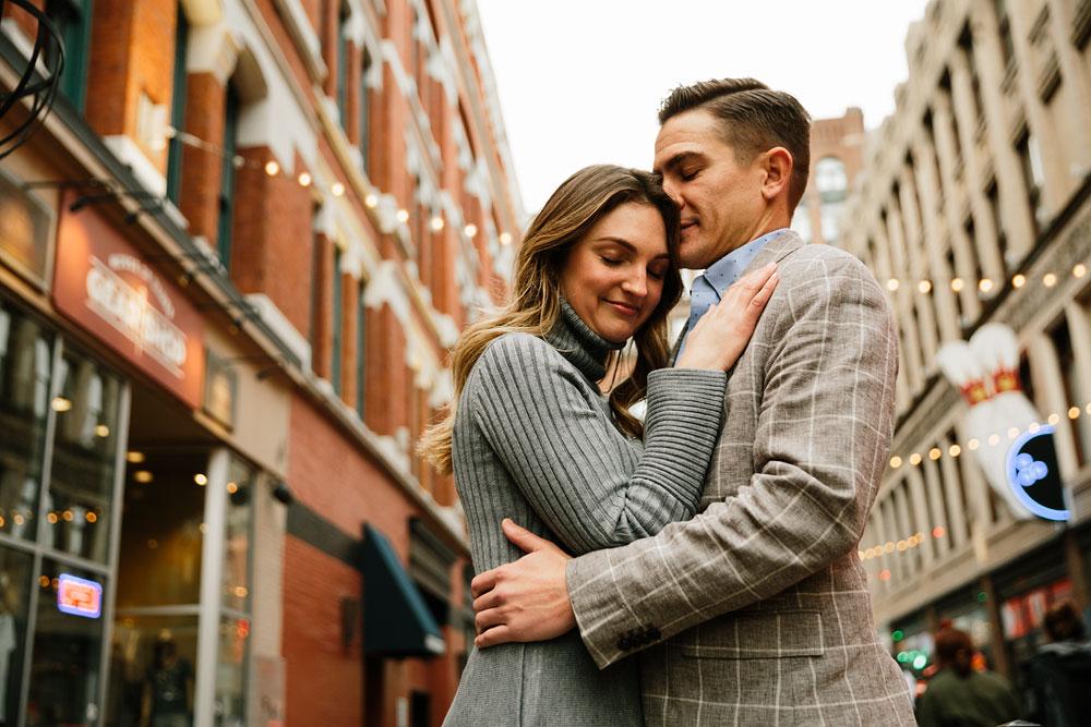 cleveland-wedding-photographers-engagement-downtown-cleveland-ohio-33.jpg