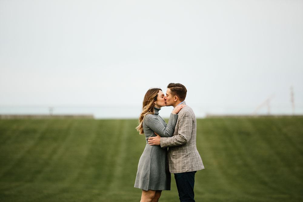 cleveland-wedding-photographers-engagement-downtown-cleveland-ohio-36.jpg