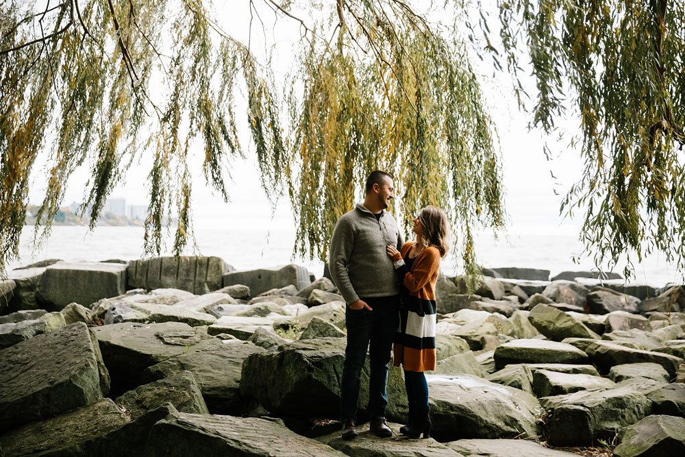 cleveland-wedding-photographers-engagement-edgewater-beach-rocky-river-metroparks-1.jpg