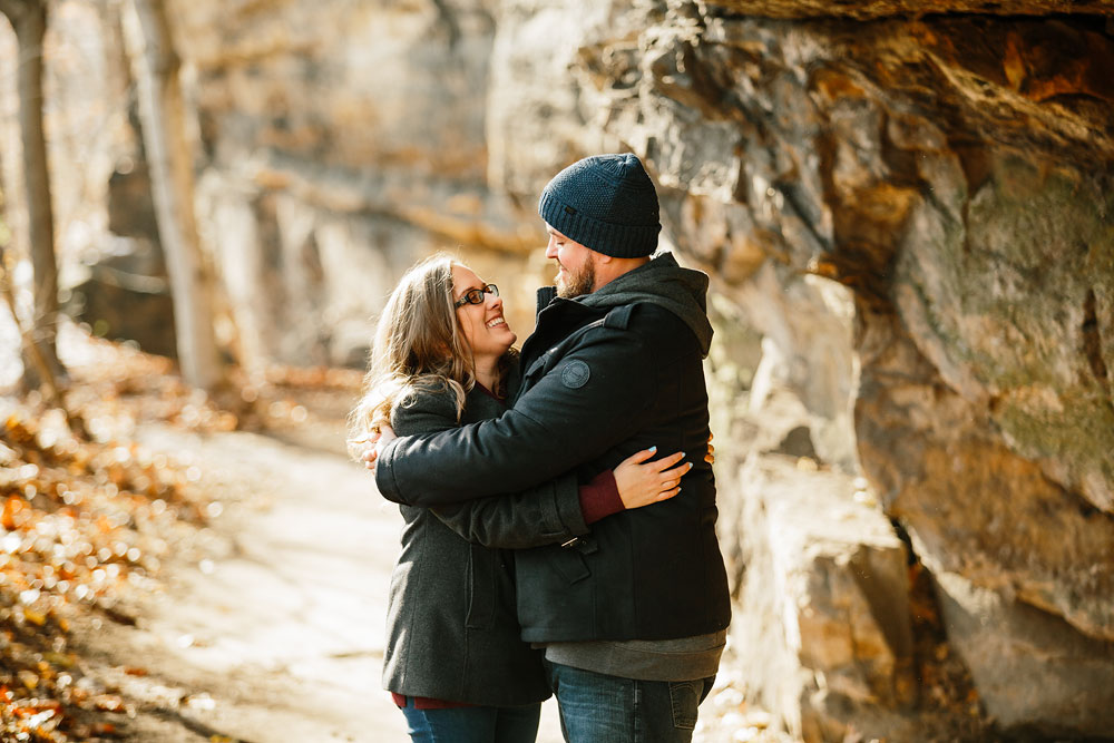 cuyahoga-falls-gorge-engagement-photography-akron-photographers-3.jpg