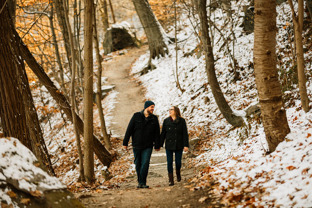 cuyahoga-falls-gorge-engagement-photography-akron-photographers-25.jpg