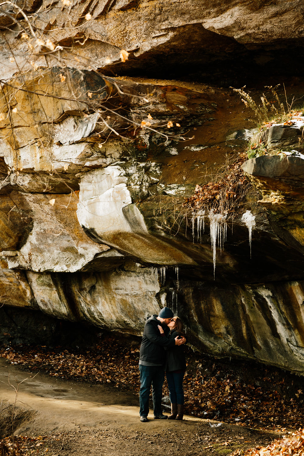 cuyahoga-falls-gorge-engagement-photography-akron-photographers-24.jpg