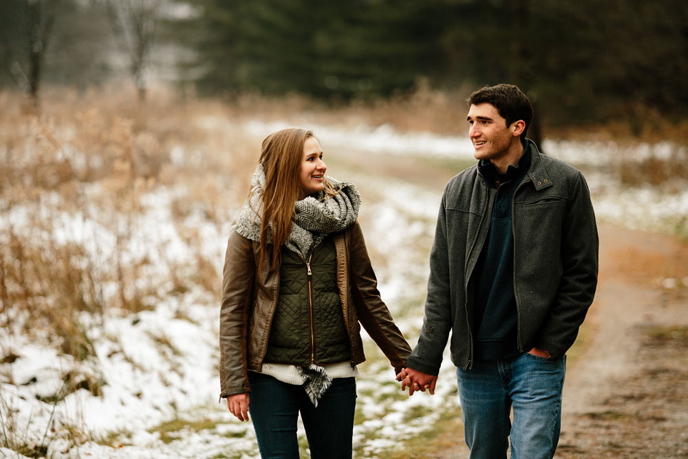 cleveland-wedding-photography-chesterland-ohio-engagement-at-orchard-hills-pattersons-fruit-farm-26.jpg