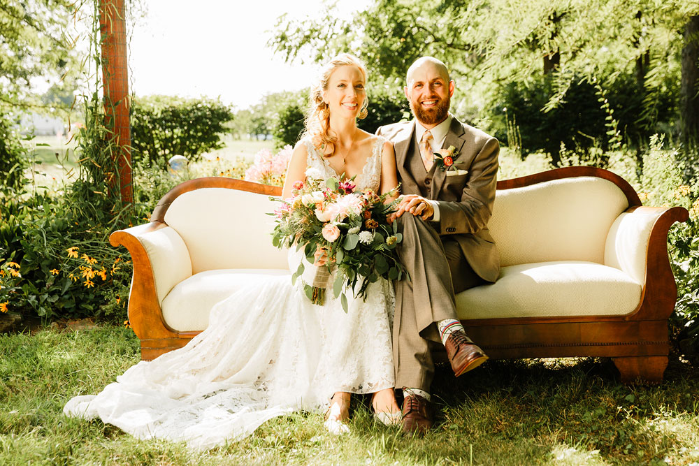 Barn Photography Wedding at Hillcrest Orchards - Amherst, Ohio - Erin + Derrick