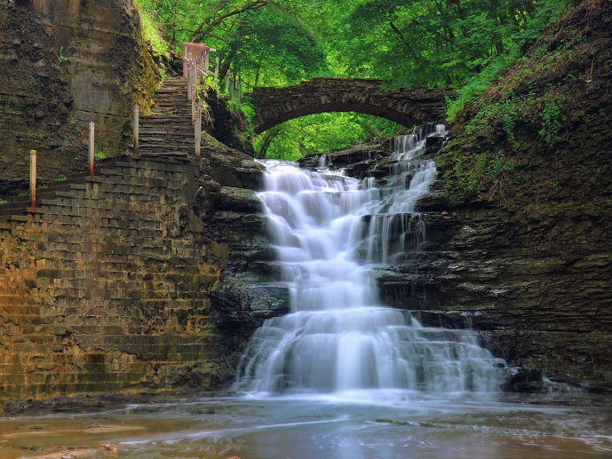 Photograph of Cascadilla Falls, Ithaca NY, which the painting was based off.