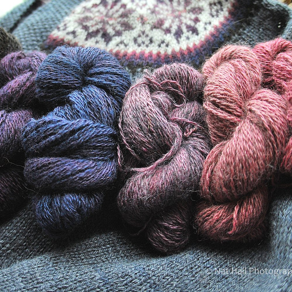 Shetland Handspun: At Shetland Handspun, Elizabeth produces handspun yarn in natural Shetland colours and natural dye colours, and has a range of Fair Isle and Lace patterns to use her Handspun yarns as well as commercially spun yarn.