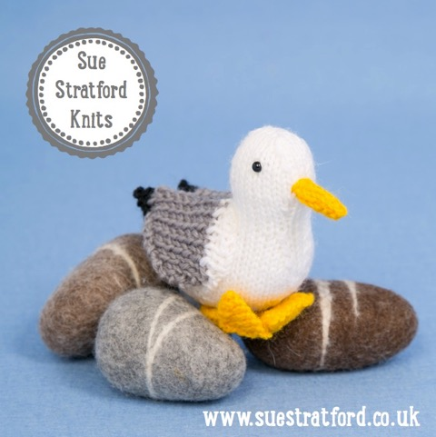 Sue Stratford Designs: The birds can't wait to fly into Edinburgh Yarn Festival, unique knitting pattern books together with cute and cuddly kits using Pure British Wool.  Introducing the 'Highland Birds' - exclusive to EYF!