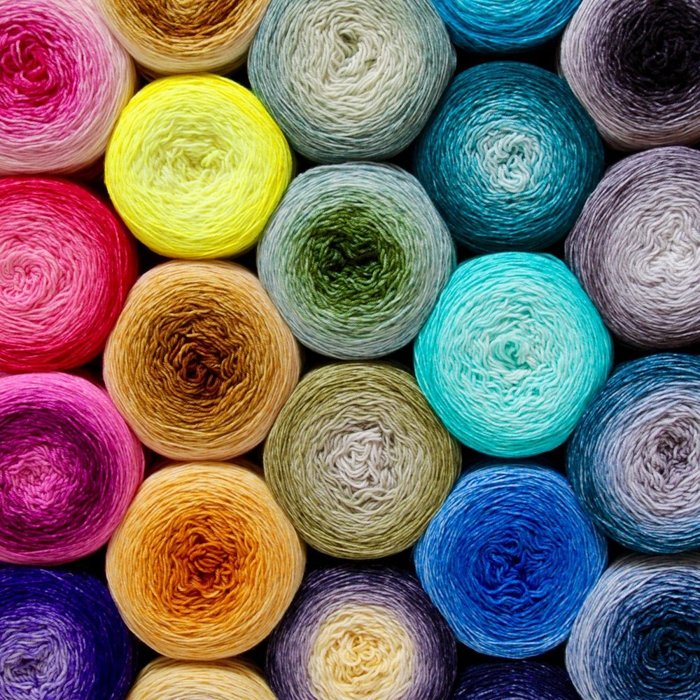 La Fée Fil   La Fée Fil's yarns are hand dyed with love in France. Natural fibers in speckled, tonal and gradient colorways create a fun and joyful universe, each name conjuring up a story, giving free rein to your imagination.