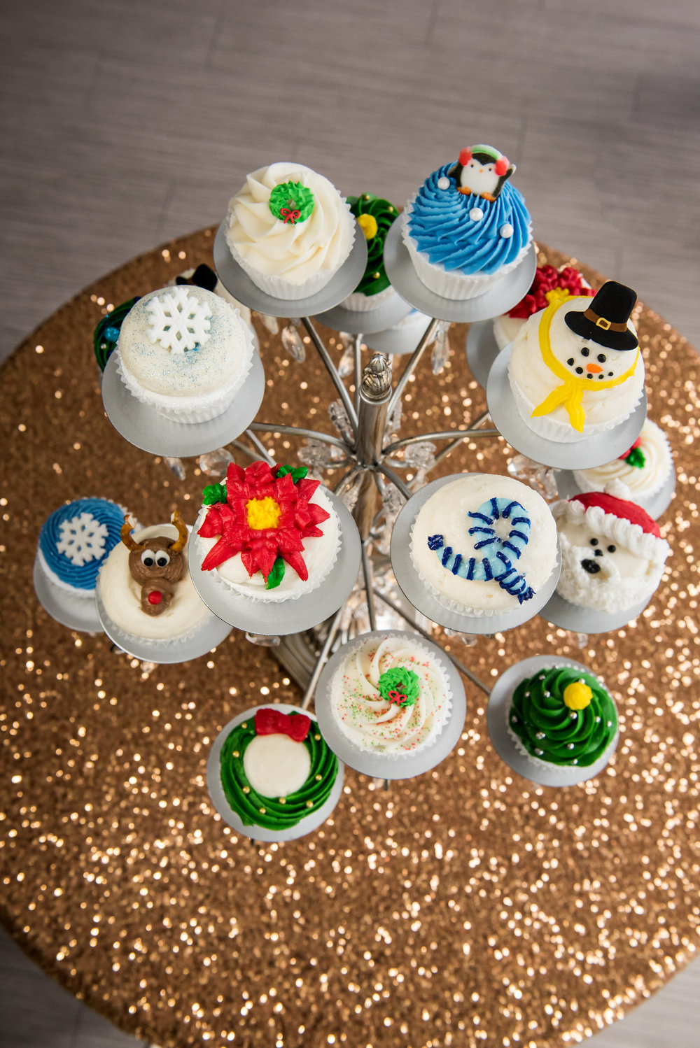 Christmas & Hanukkah Cake Photos   Edible Art Bakery ...