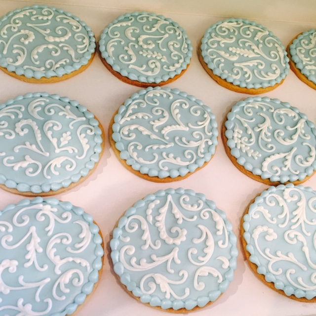 Cookies--filigree.JPG