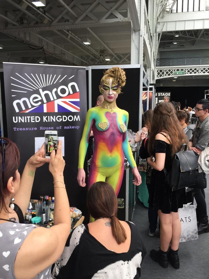 Levande konstverk överallt på IMATS london 2015!