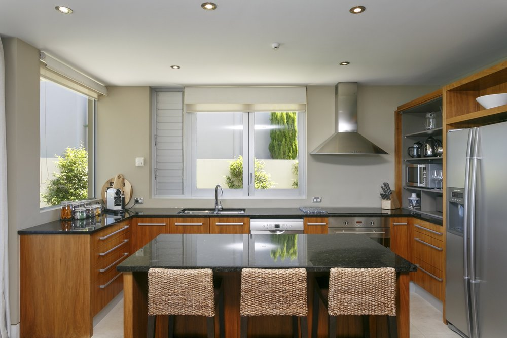 Ground floor two bedroom apartment kitchen 1.jpg