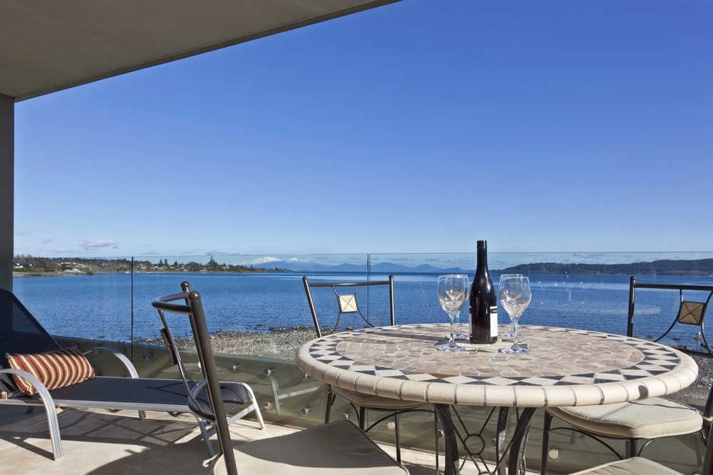 The Reef Resort   Absolute Lake Edge Taupo   Book Online Now