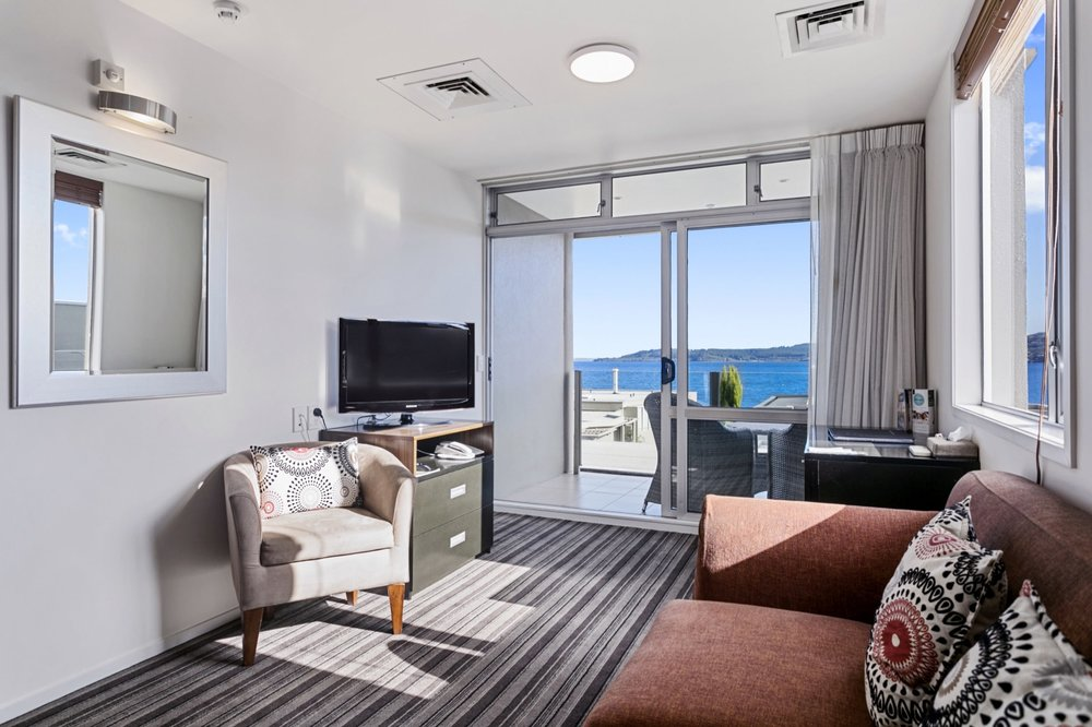 One Bedroom with Lake Views 3-min.jpg
