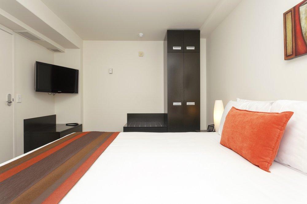 One bedroom with Lake views bedroom 3-min.jpg