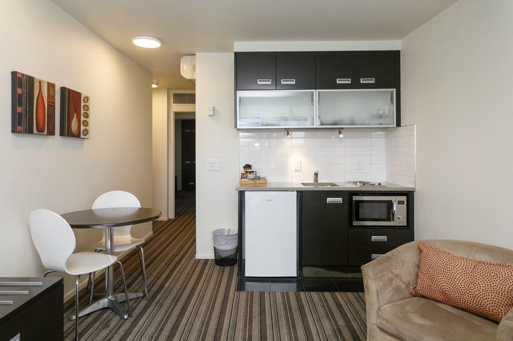 One bedroom poolside kitchenette 1-min.jpg