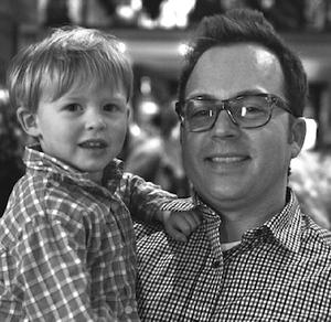 Scott-Youkilis-and-son.jpg