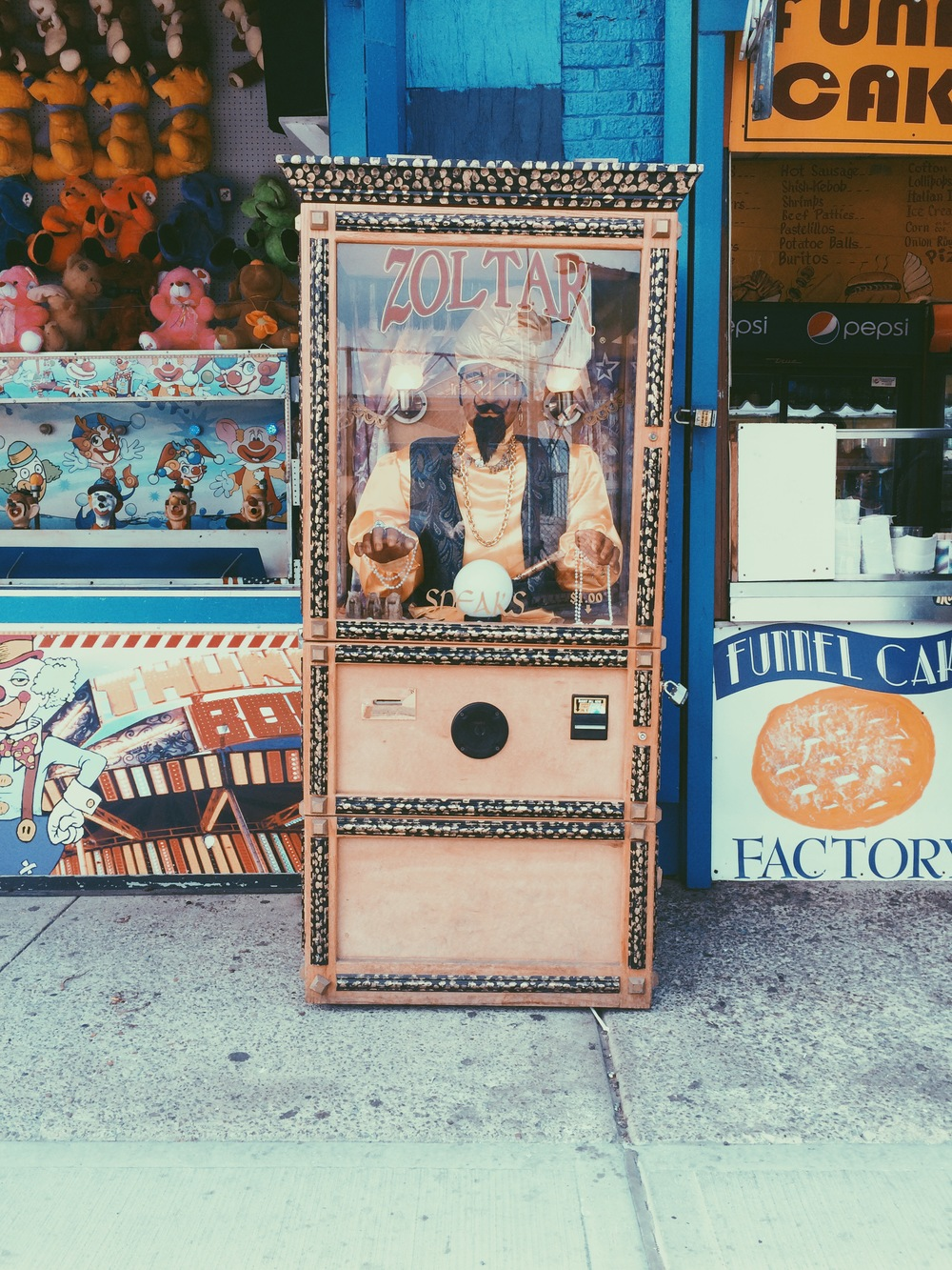 I can't pass up an opportunity to have my fortune told by the MightyZoltar.