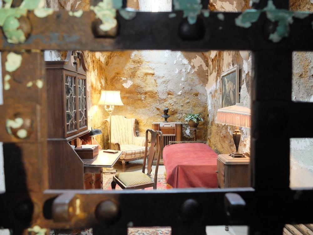 penitentiary philadelphia al capone cell