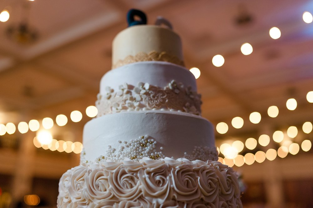 Elegant Cake at Dayton Masonic Center Wedding and Reception AndreaBelleStudios.com