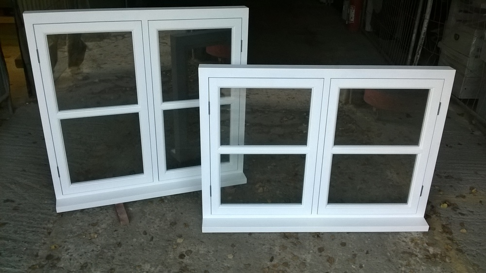Saplele casement windows
