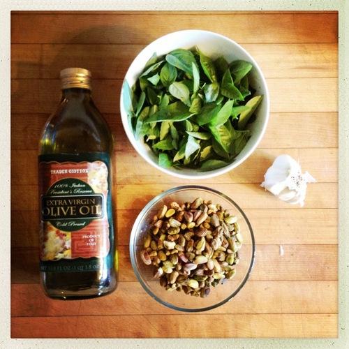 pistacio basil ingredients