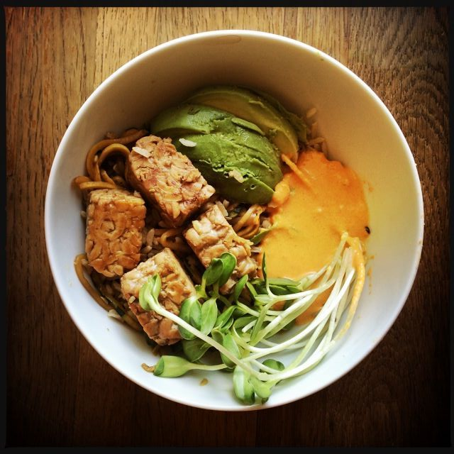 Vegan Smokey Tempeh with Zucchini Noodles and Carrot-Mayo Cheez