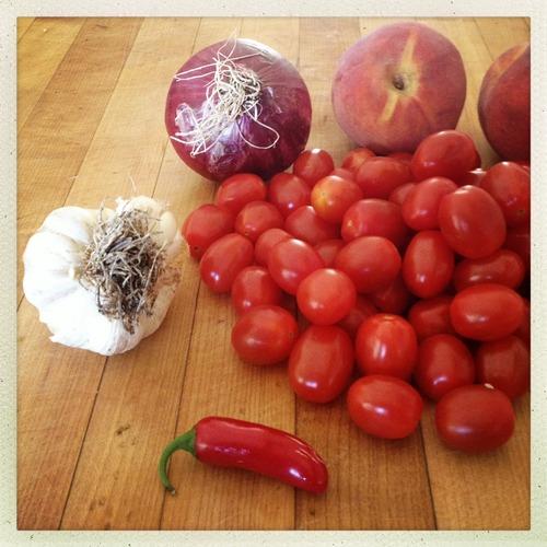 TomatoPeachChutneyIngredients