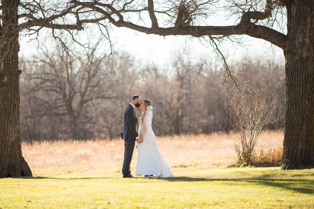 Rustic Oaks Wedding - Moorhead, MN