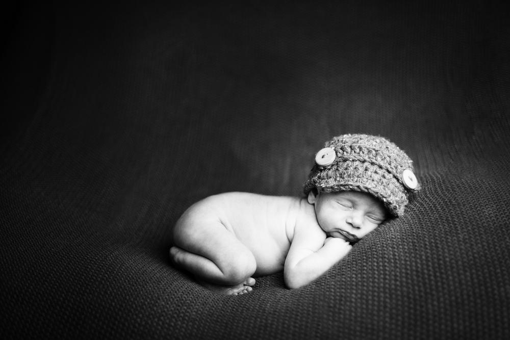 Newborn Photographer-ThePhotoDad-Fargo, ND