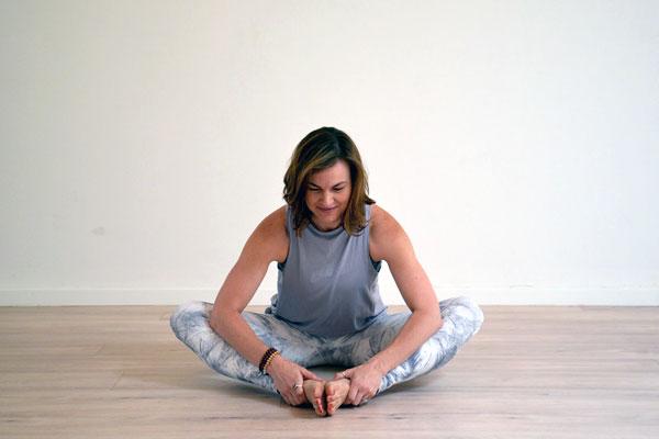 EasternOsteo_Yoga_postnatal_therapy.jpg