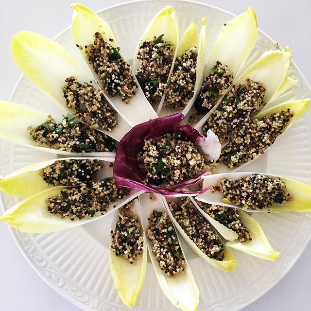 Recipe Release! Grab this yummy but simple recipe! Change it up as the season's ingredients change. . 1 C quinoa-cooked or sprouted 1/2 C of blackberries  1 Jalapeño chopped and seeded 1 Shallot chopped 1 Tbsp fresh ginger minced 1/8 C chopped walnuts 1/4 C EVOO Sea Salt to taste. Use endive or radicchio for the vessel! Make it look like a flower too if ya want! . In a bowl add all ingredients, mix well! Spoon into endive and serve! So good and a healthy vegan option whenever you need one! Grab More recipes like this at www.farmfoodiefitness.com . #farmfoodiefitness #recipes #healthyoptions #vegan #quinoasalad #foodies #foodie #food #rawchef #wellness #foodporn #foods #wellnessblogger #wellnessblog