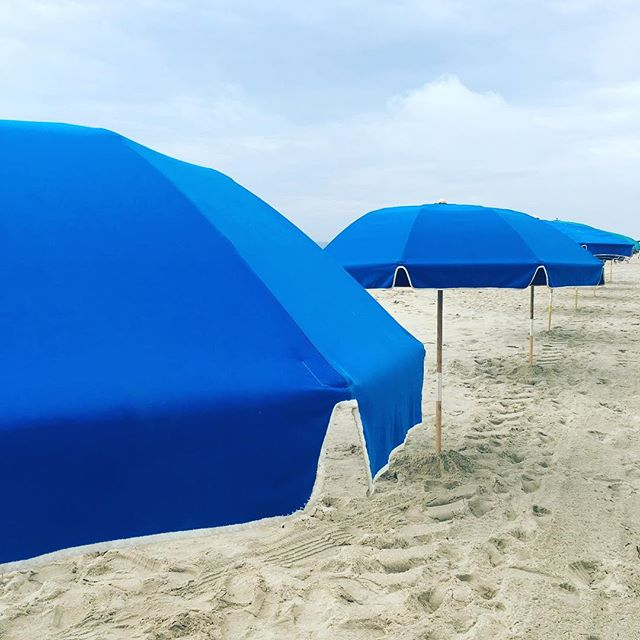 Perfect Day for Pilates on the Beach! Low humidity, the sun peaks out here and there, the crowds are still sleeping and the waves are slowly rolling in! * Only 3 more classes left for Ocean City! Summer is quickly coming to an end. 😞 * Come take class then find one of these perfect umbrellas to sit under for the rest of the day, maybe grab your giant pink flamingo and go float in the ocean till dinner! * Here's the run down this week if you want to join us for a beach class. Monday-9 am TheClarion Tuesday-8:00 am Bethany DE Wednesday -8:00 am Bethany Friday-8:00 am Bethany DE * See ya on your mat!www.beachpilatesandwellness.com * #pilateseveryday #pilatesonthebeach #beachpilatesandwellness #beachclasses #oceancitymaryland #bethanybeach #blueumbrella #clarionhotel #beachdays #summertime #summer #pilatesmat #pilatesstudio #pilatesinstructor