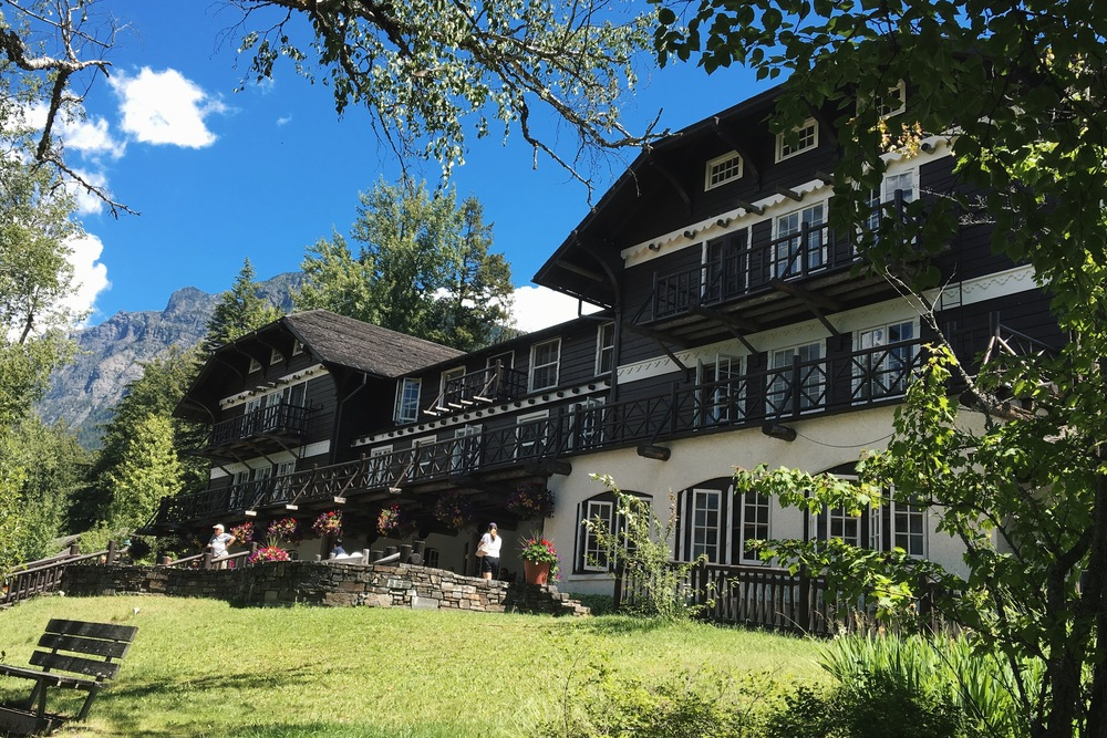 Lake MacDonald Lodge