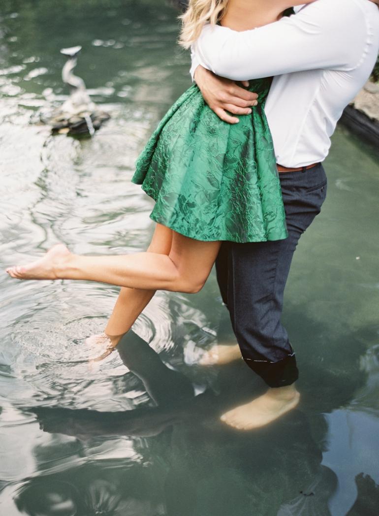 Vicki Grafton Photography Virginia Oatlands Film Wedding Photographer -1-6.jpg