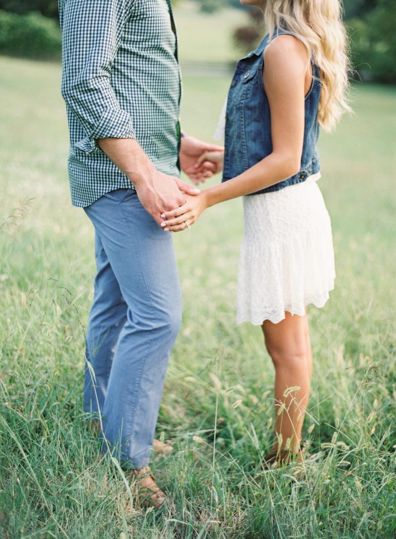 Vicki Grafton Photography Virginia Oatlands Film Wedding Photographer -5.jpg