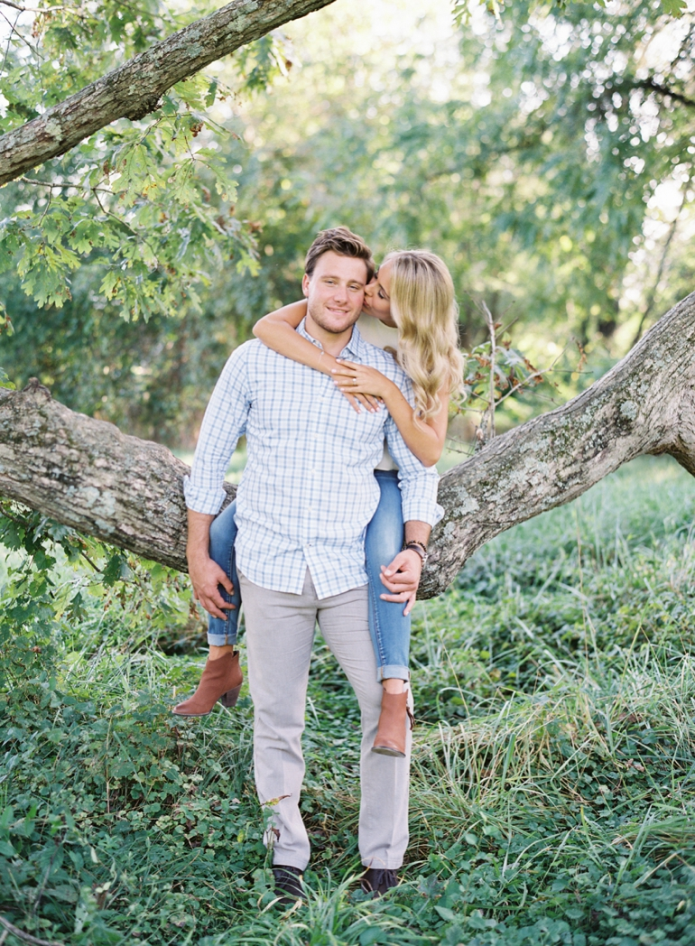 Vicki Grafton Photography | Oatlands Plantation Engagement Session | Leesburg Virginia Fine Art Film Wedding Photographer