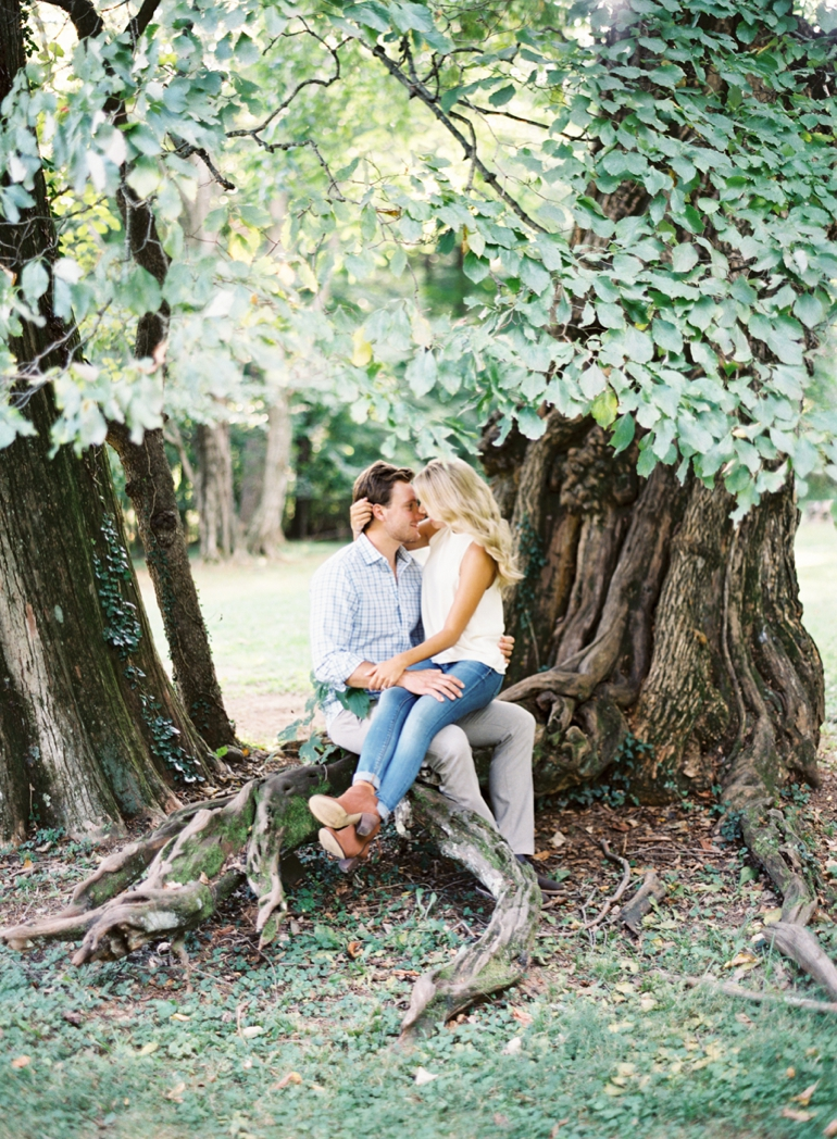 Oatlands Plantation Engagement Session | Leesburg Wedding Film Photographer