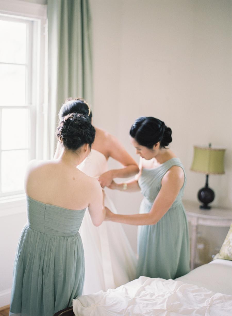 Virginia Fine Art Film Wedding Photographer  | Early Mountain Vineyard Wedding | Bride Getting Ready
