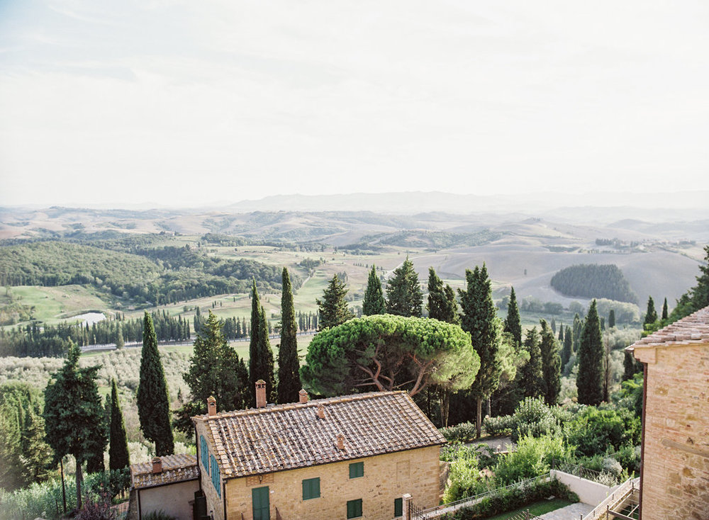 Tuscany Wedding Photographer | Castelalfi Resort Italy Tuscan Bridal