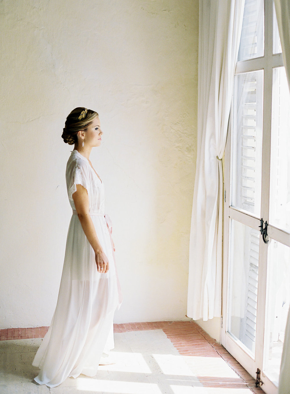 Fine art film photographer photography wedding engagement washington DC cartegena columbia destination modern bride inspiration inspired classic timeless california ny photos styling travel dress