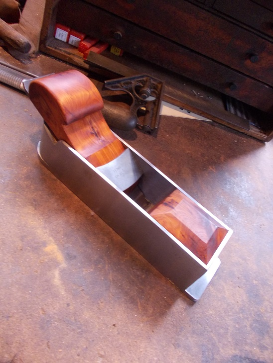 dovetailed mite plane with yew infill