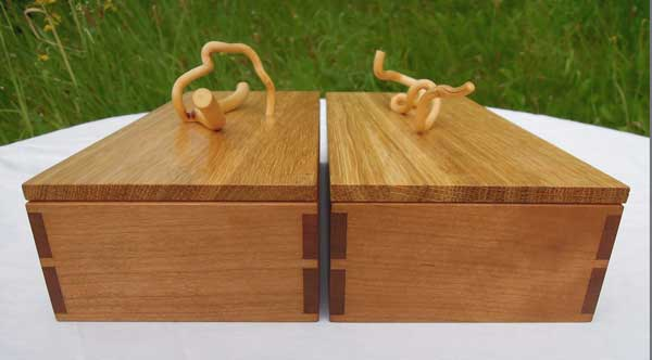 Hazel used for the handles of this small box