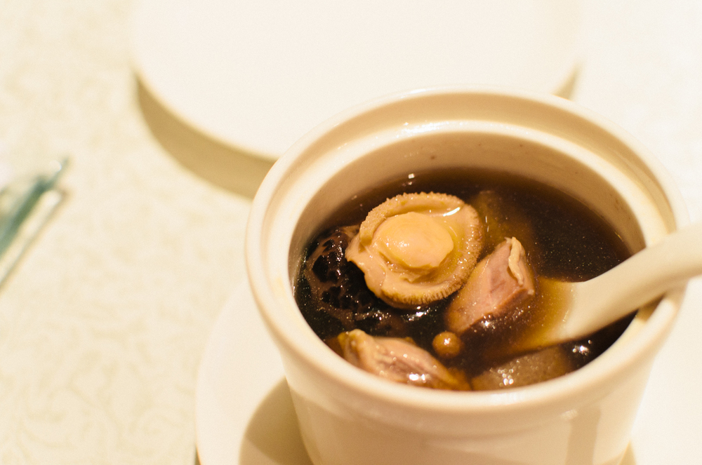 "Double-boiled Mini ""Buddha Jumps over the Wall"" with Cordycep Flower (虫草菌炖迷你佛跳墙)"