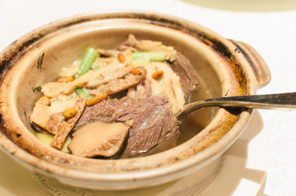 Stewed Beef Cheeks and Deer Tendon with Chinese Herbs (药膳鹿筋和牛颊)