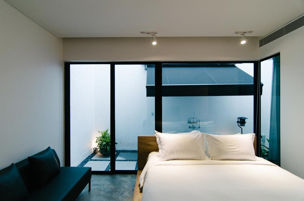 Hotel Review Lloyd S Inn Singapore The Shutterwhale