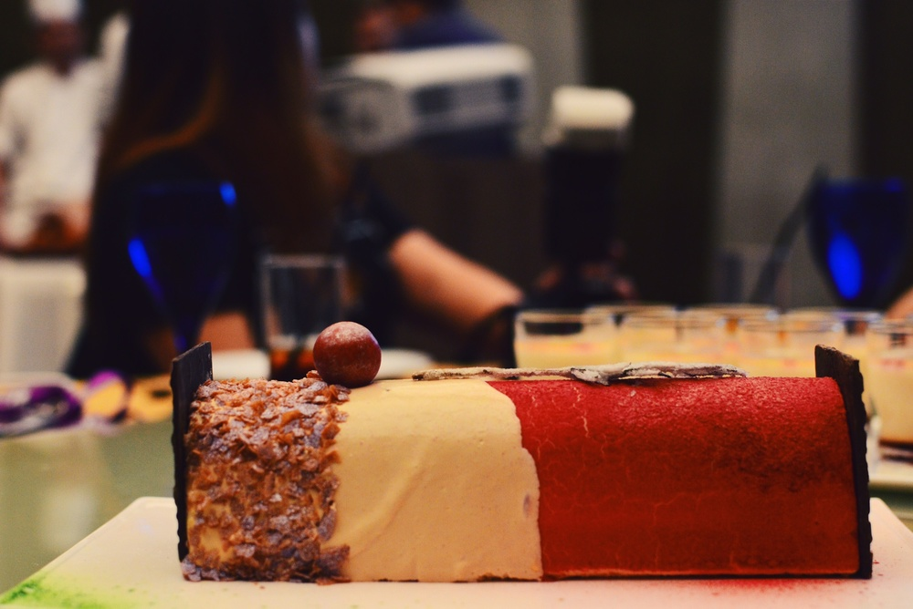 Crowne Plaza Changi Airport Yuzu Infused Log Cake (S$62+)