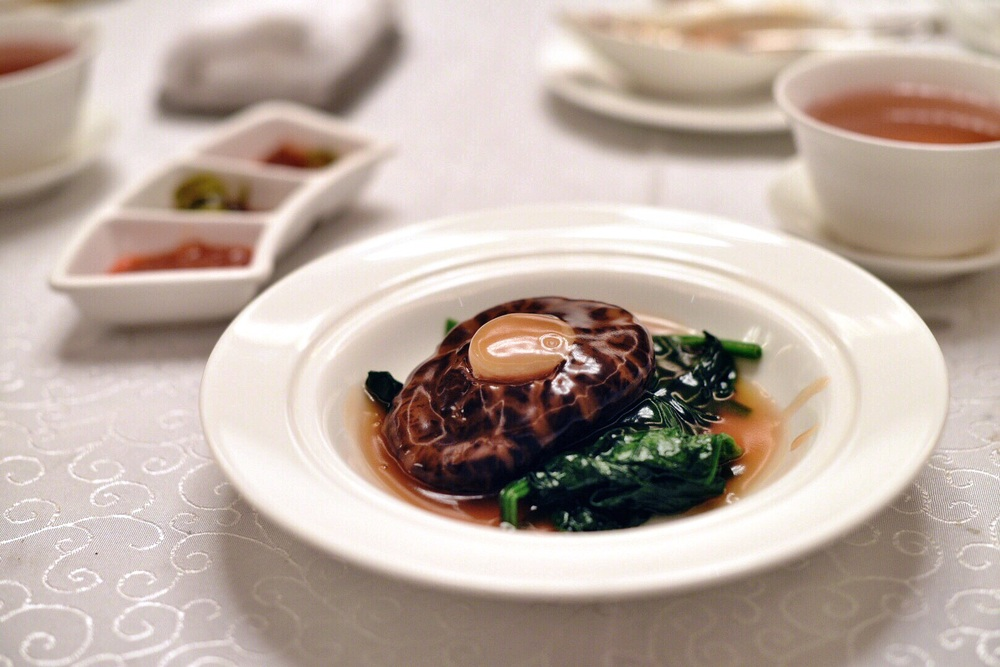 Braised Mushroom filled with Dried Scallop
